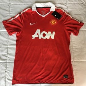 NWT Manchester United Nike Jersey, L